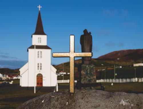 Streymi á útför Ásu í Skógum